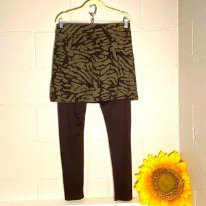 Legacy Medium Skirt/Legging Combo